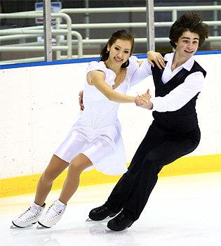 eventcoverage.ice-dance.com/Tayror Tran ir jos partneris Samas Kaplunas