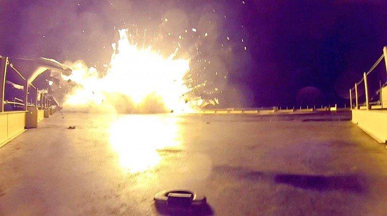 Space X raketos Falcon 9 sprogimas