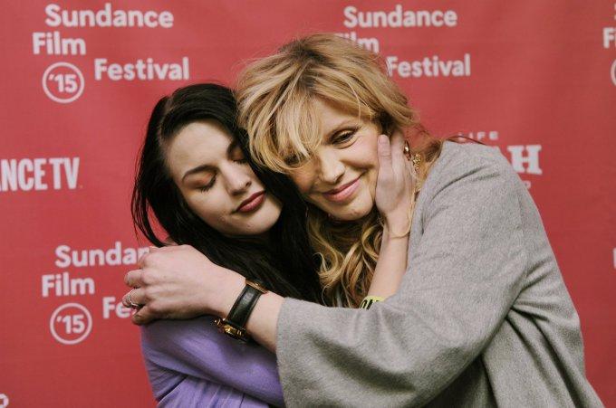 """Scanpix""/AP nuotr./Courtney Love su dukra Frances Bean Cobain"