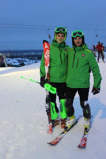 Indrės Jurčenkaitės nuotr./Olimpietis Rokas Zaveckas kartu su tėvu Giedriumi Zavecku treniruojasi ant Liepkalnio