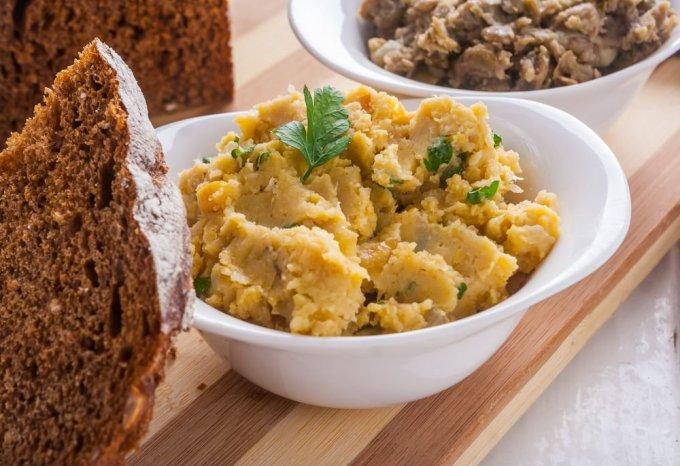 Shutterstock nuotr./Lęšių humusas