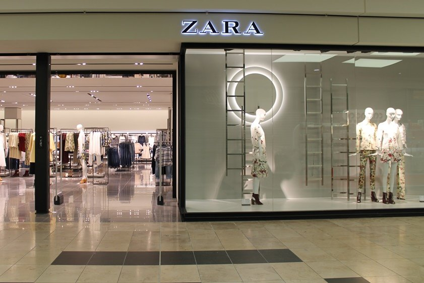"""Parduotuvė """"Zara"""" Ozo prekybos centre"""