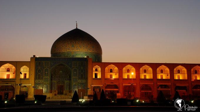 Tomo Baranausko nuotr./ Šeicho Loftalos mečetė Imamo aikštėje, Isfahane, Irane