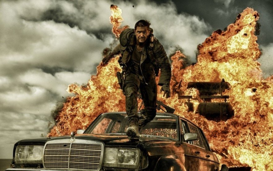 """""""ACME Film"""" nuotr./Tomas Hardy filme """"Pašėlęs Maksas. Įtūžio kelias"""""""