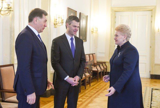Dalia Grybauskaitė Valstybės saugumo departamento vadovu siūlo Darių Jauniškį.