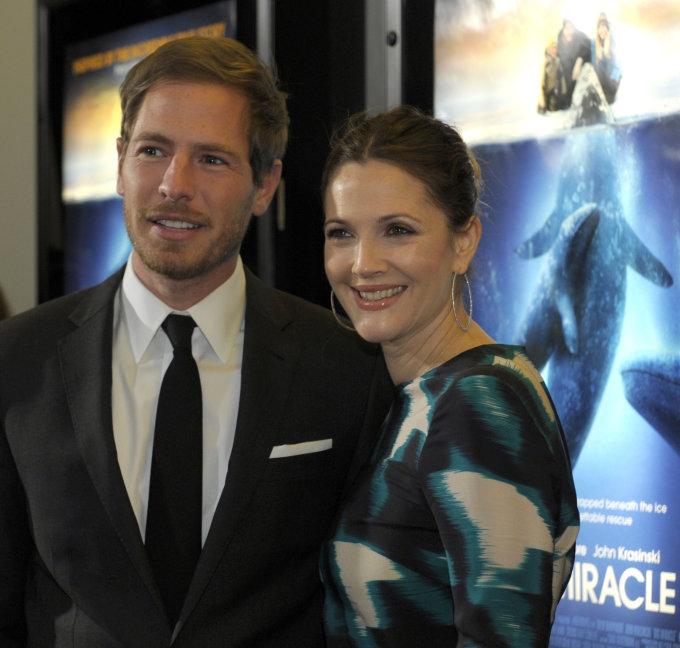 """Scanpix""/AP nuotr./Drew Barrymore su vyru Willu Kopelmanu"