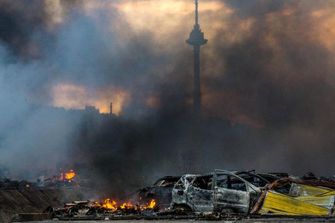 Vidmanto Balkūno/15min.lt nuotr./Vilniuje – didžiausias šių metų gaisras