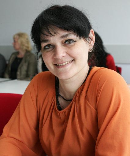 Ukrainos universiteto doc. dr. Iryna Ivanova pastebi, kad Šiaulių universitetui pavyko surinkti stipriai motyvuotus dirbti socialinį darbą studentus.  Z.Ripinskio nuotr.