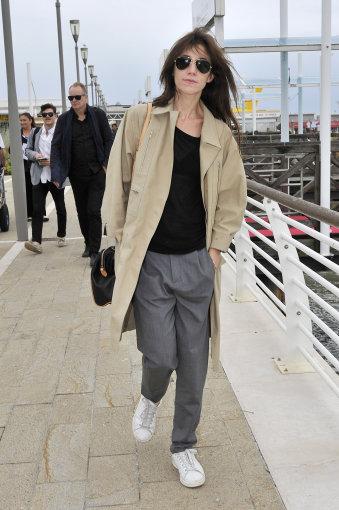 Vida Press nuotr./Charlotte Gainsbourg Tarptautinėje kinematografijos meno parodoje Venecijoje 2014 m.