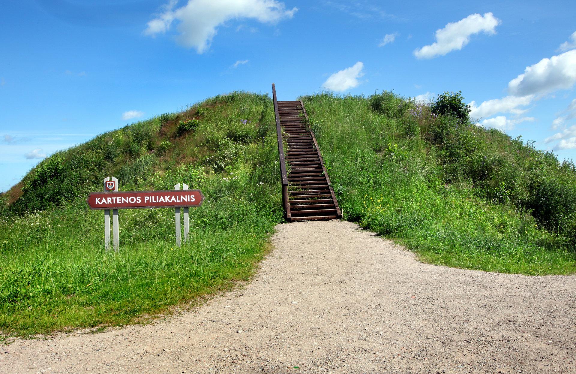 Kartenos Piliakalnis Salantu Regioninis Parkas.Ka Galima Pamatyti Kretingos Kraste 9 įdomus Objektai Ir