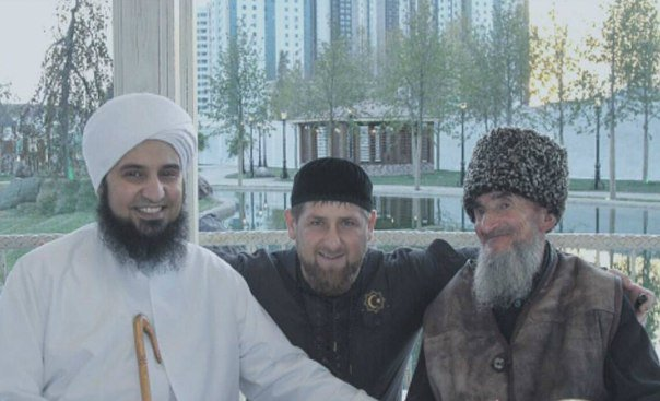 R.Kadyrovas su svečiais