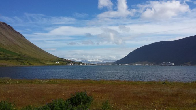 Juozapas.lt nuotr./Ísafjörður iš toli.