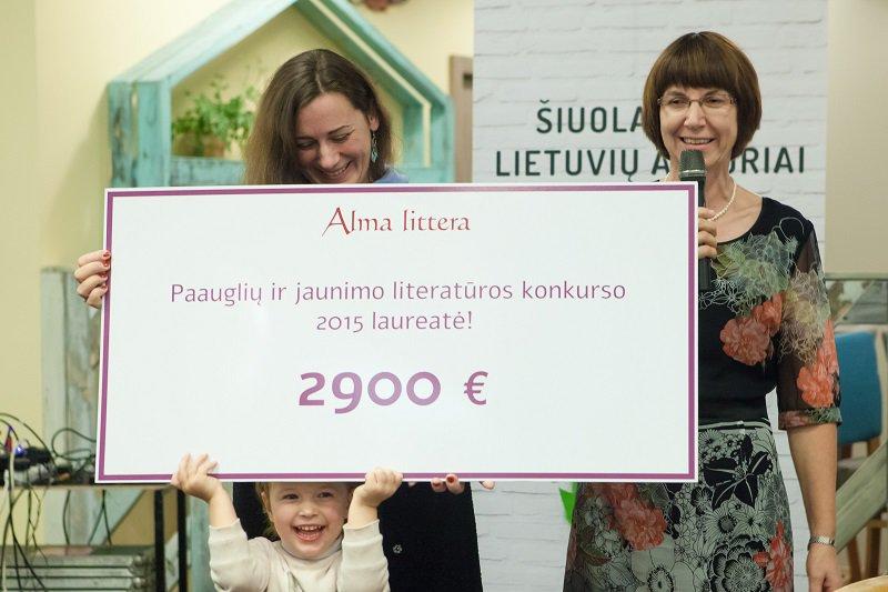 """Projekto """"Šiuolaikiniai lietuvių autoriai kitu kampu"""" atidarymas"""