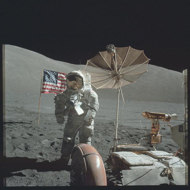 """NASA/""""The Project Apollo Archive"""" nuotr./""""Apollo"""" astronautų Mėnulyje daryta nuotrauka"""