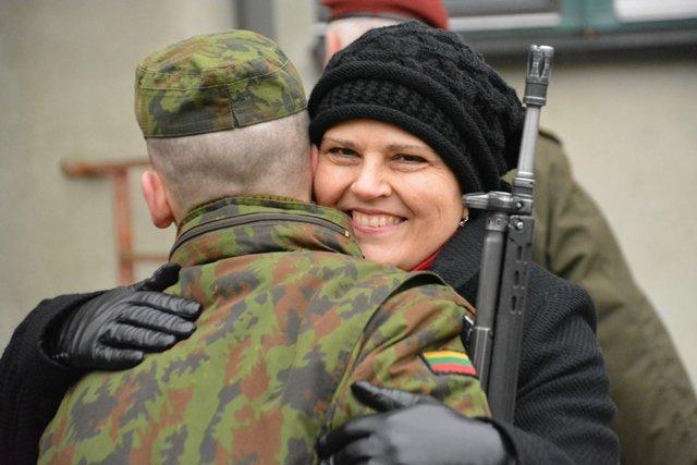 Aringo Švedo nuotr. /Rukloje prisiekė paskutinė šiemet karių savanorių laida