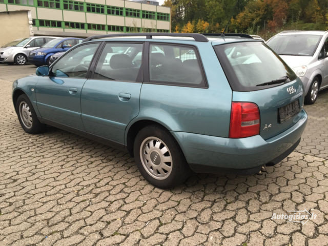 """Neva parduodamas """"Audi"""" automobilis"""