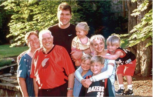 Sena Sabonių šeimos nuotrauka