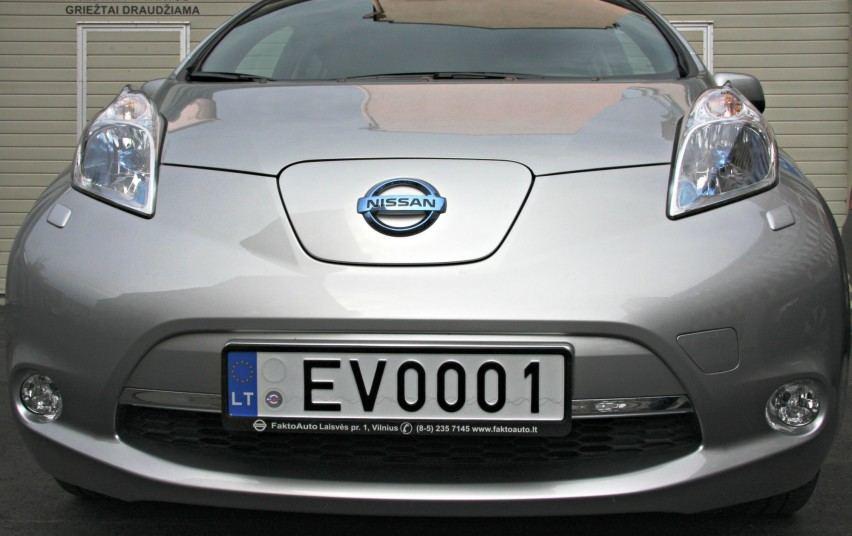 Regitros nuotr./Elektromobilių numeriai