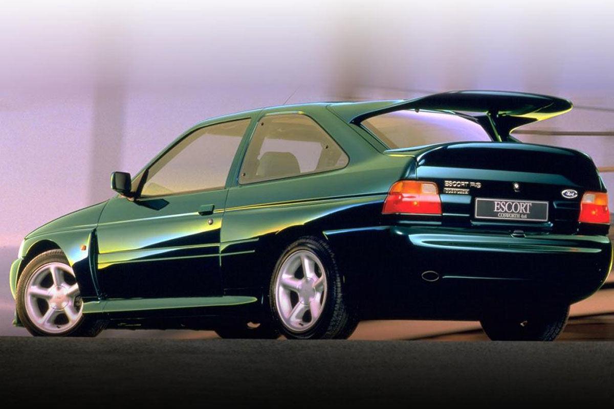 """Ford Escort RS Cosworth"""" užteko 5 gamybos metų, kad taptų legenda"""