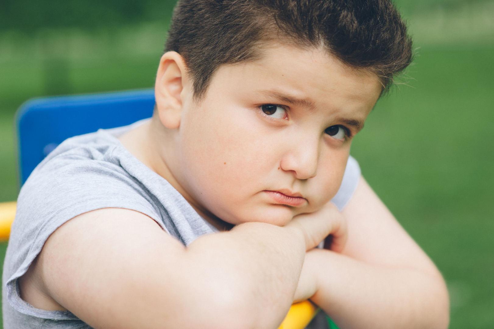 vaikas numeta svorio ir nustebina tėvus)