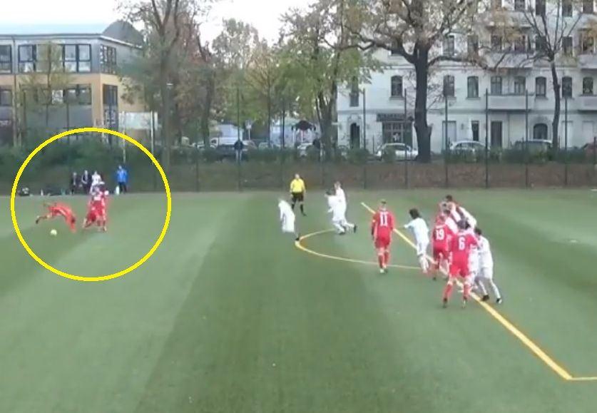"""""""Union Berlin"""" U16 komanda realizuoja baudos smūgį"""