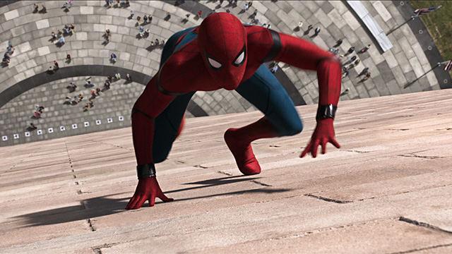 """Kadras iš filmo """"Žmogus-voras grįžimas namo"""""""