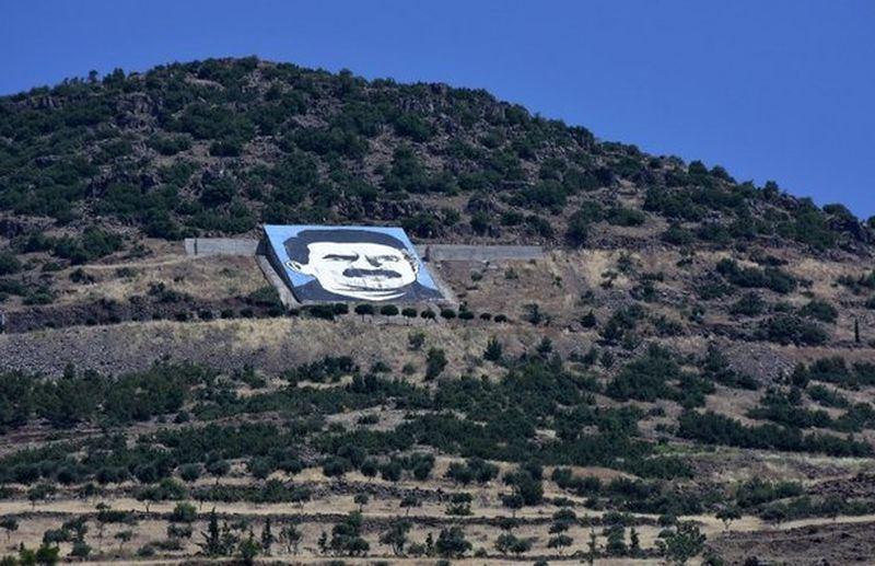 A.Ocalano portretas kalno šlaite