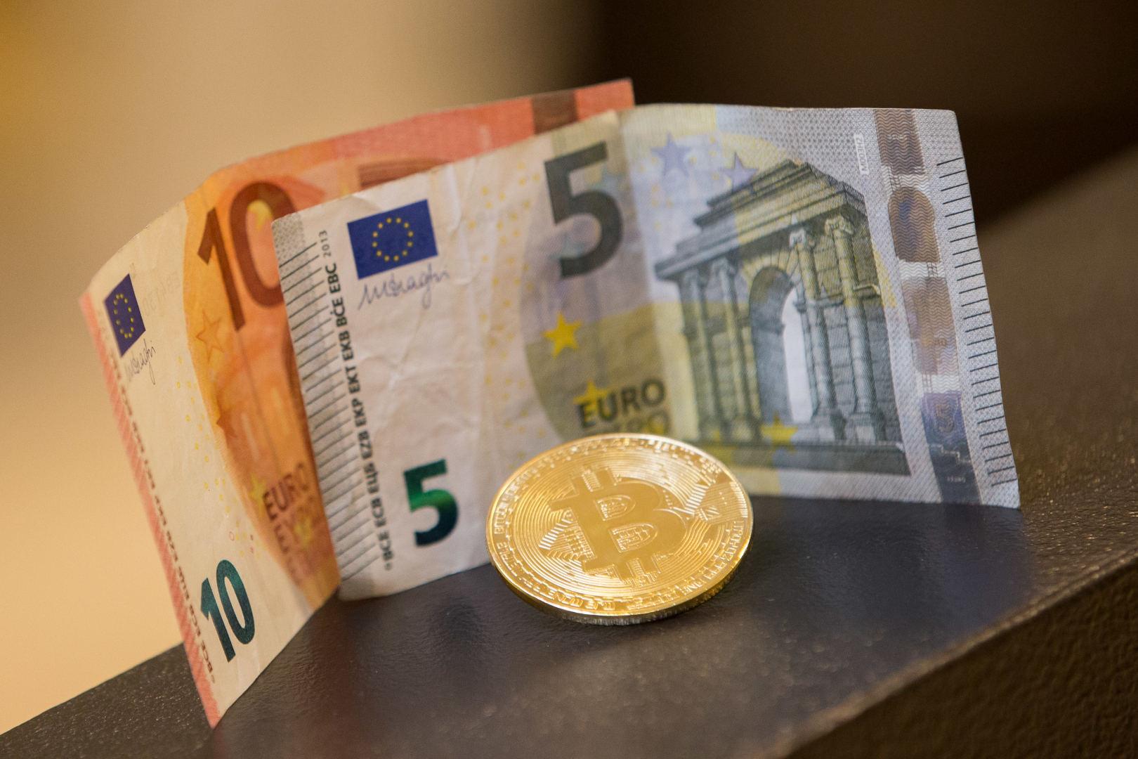 Bitcoin burbulas sprogo, todėl kokios yra alternatyvos?