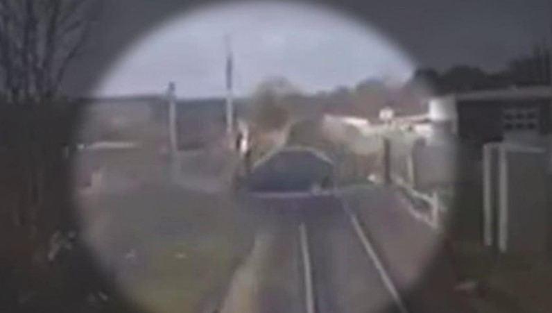 Vos per plauką susidūrimo su prekiniu traukiniu išvengęs lietuvis