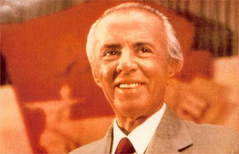 Enveras Hoxha