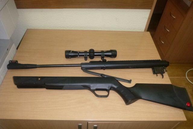 Konfiskuoti medžiokliniai šautuvai