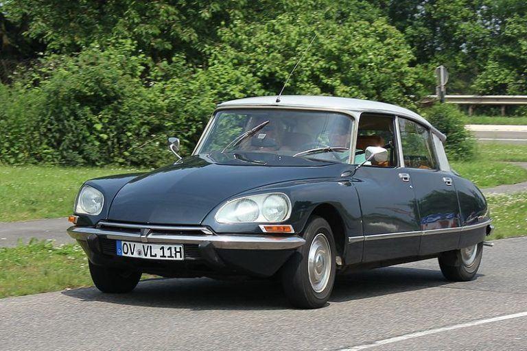 Citroën DS – vienas gražiausių ir technologiškai pažangiausių visų laikų automobilių. (Lothar Spurzem, Wikimedia(CC BY-SA 2.0 de)