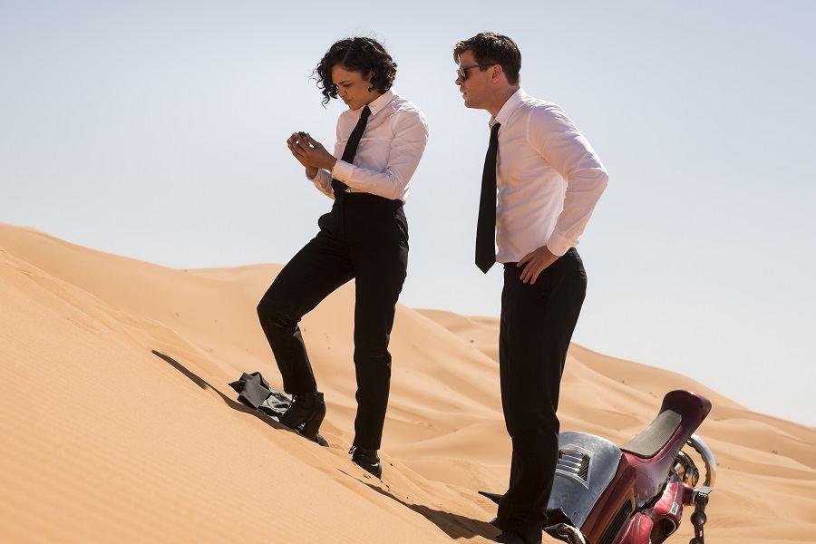 """Filmo """"Vyrai juodais drabužiais: pasaulinė grėsmė"""" akimirka"""