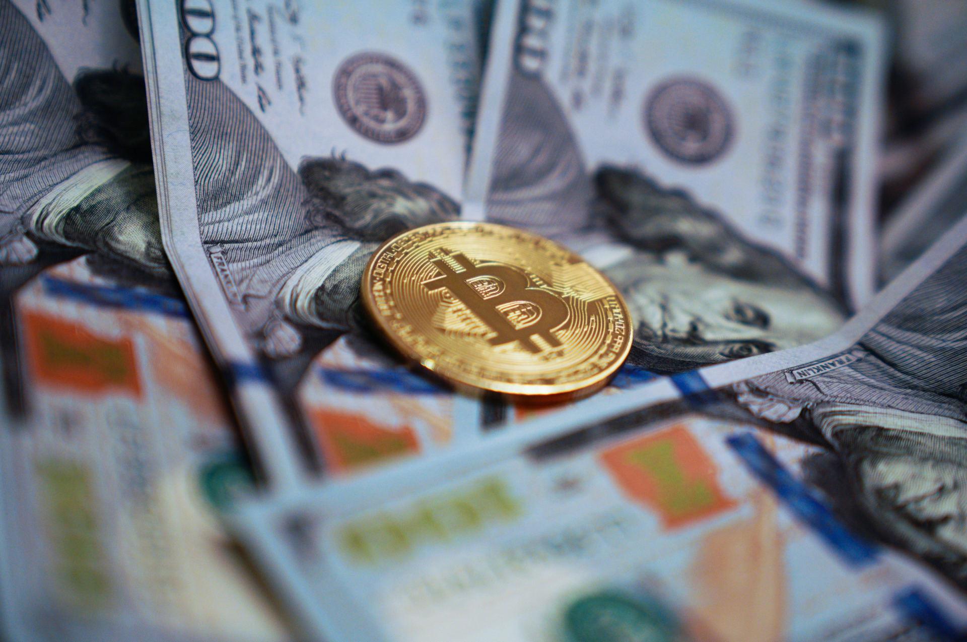prekiauti kita kriptografini monet valiuta)