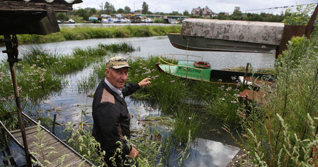 """Garažų ir mažųjų laivų eksploatavimo bendrijos """"Smiltelė"""" valdybos pirmininkas Kęstutis Gelumbauskas mano, kad jeigu nieko nebus daroma, Klaipėda praras Smeltalės upelį."""