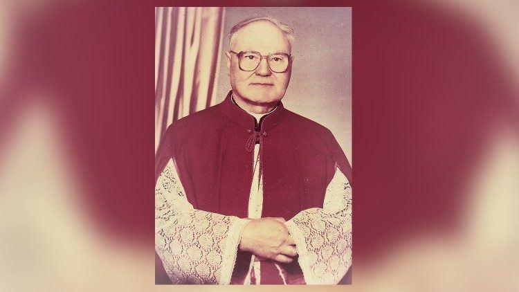 Altaristas monsinjoras Vincentas Jalinskas