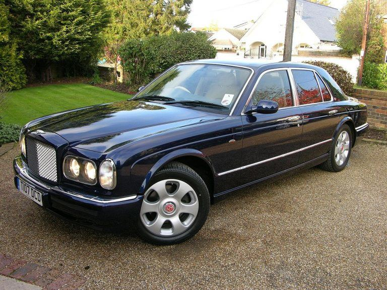 Bentley Arnage buvo didelis, tvirtas ir prabangus automobilis