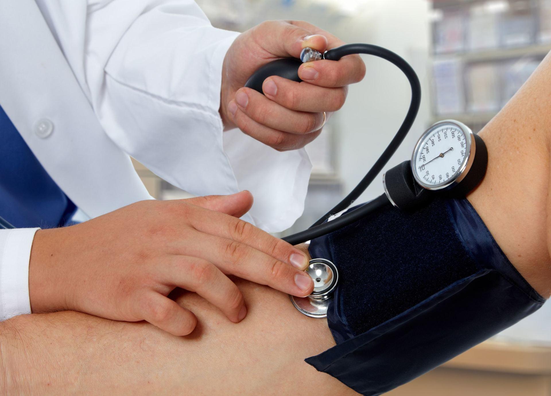 hipertenzija ir kraujo nuleidimas