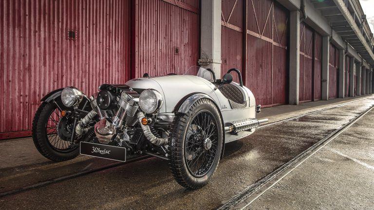 Morhan 3-Wheeler – vienas įdomiausių šių laikų automobilių irgi yra triratis