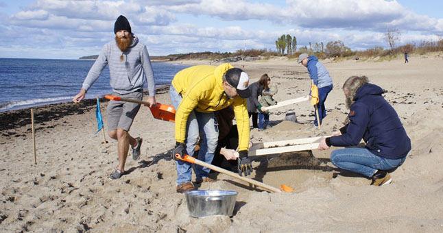 Išsijojo 10 tonų smėlio