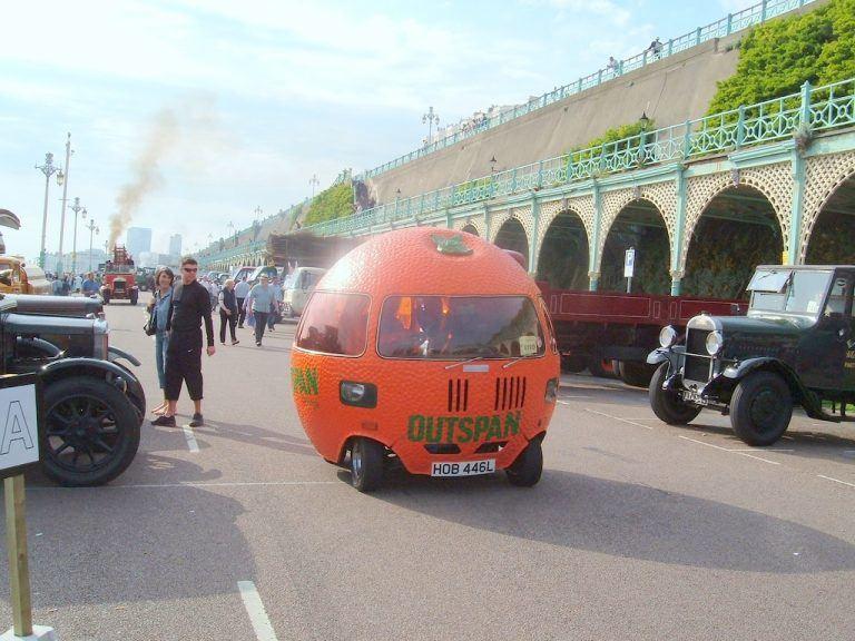 Šeši tokie Outspan Orange automobiliai buvo pagaminti 1972-1974 metais. (Les Chatfield, Wikimedia(CC BY 2.0)