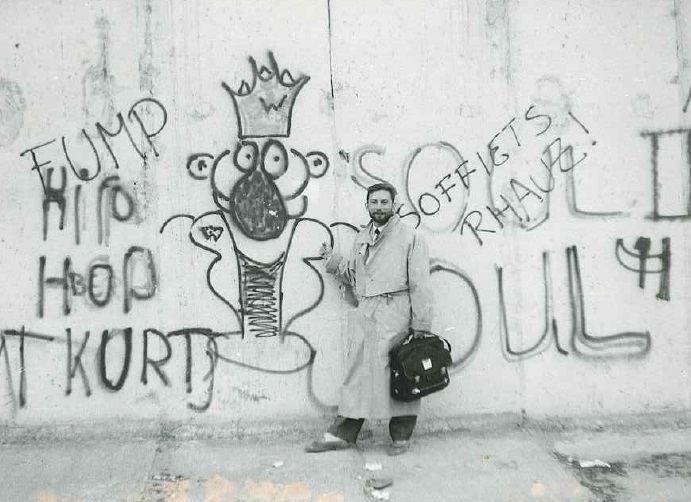 Vladimiras Simonko stebėjo Berlyno sienos griovimą