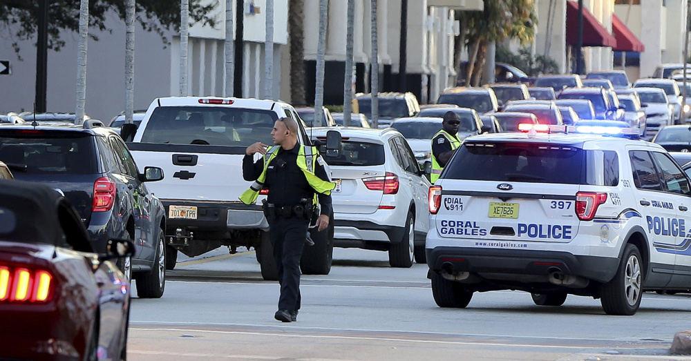 Naujojo Orleano priemiestyje ginklų parduotuvėje nušauti 3 žmonės