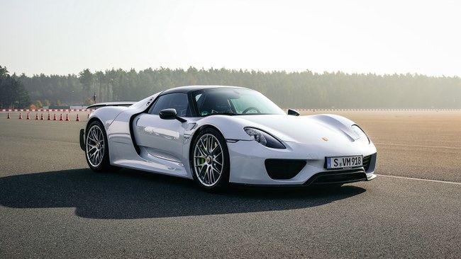 """""""Porsche 918 Spyder"""" buvo sukurtas kaip technologinių pasiekimų demonstracija"""