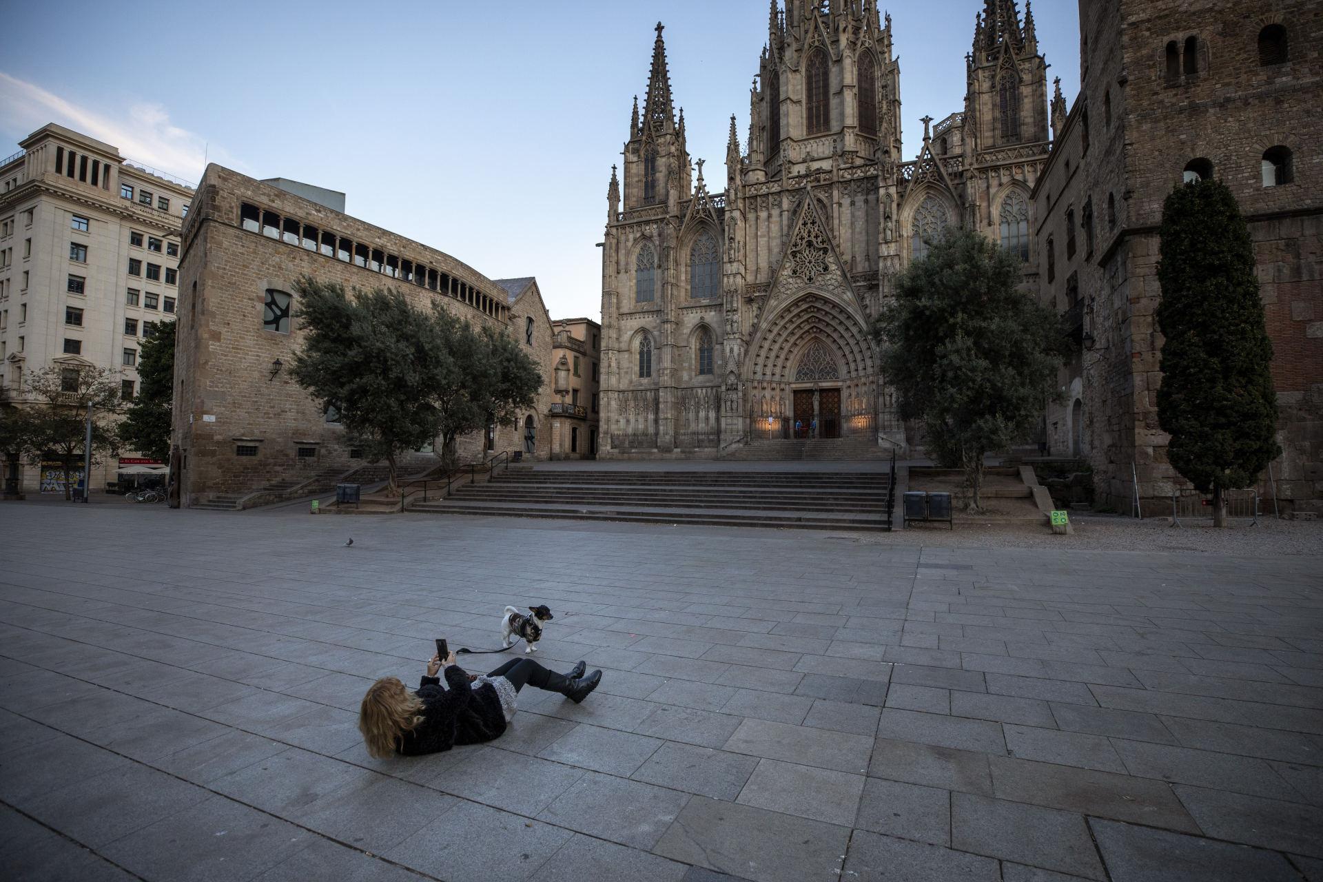 darbas iš namų ispanijoje opcionų prekybos bullish