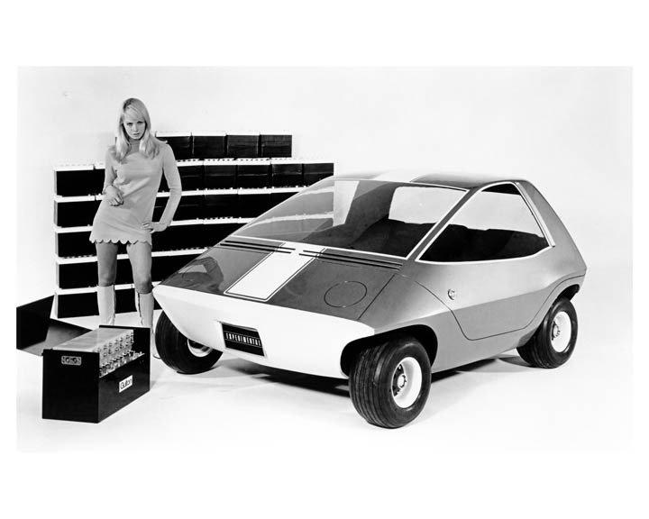 """1967 metais pristatytas elektromobilis """"AMC Amitron"""""""