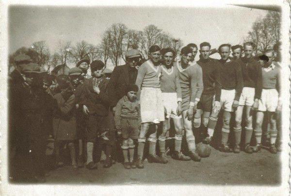 Valstybinio Vilnaus Gaono žydų muziejaus/nežinomo autoriaus nuotr./Makabi futbolininkai 1930 m.