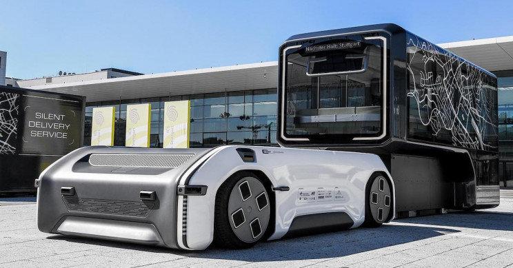 """DLR pristatė neįprastą autonominį automobilį """"U-Shift"""""""