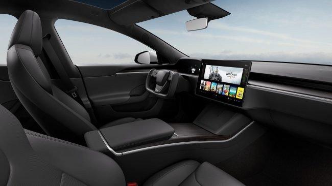 """Atnaujintas """"Tesla Model S"""""""