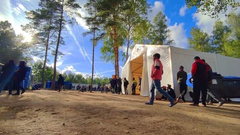 Rūdninkų migrantų stovykla iš vidaus